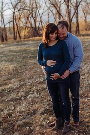 pregnancy | Kate and Chris' maternity photo | CU Rocky Mountain OB-GYN